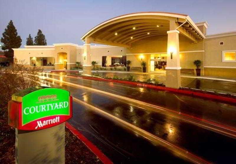 General view Courtyard Sacramento Cal Expo