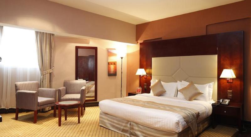 Plaza Inn Olaya Hotel - Room - 10
