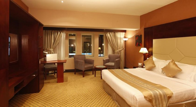 Plaza Inn Olaya Hotel - Room - 1