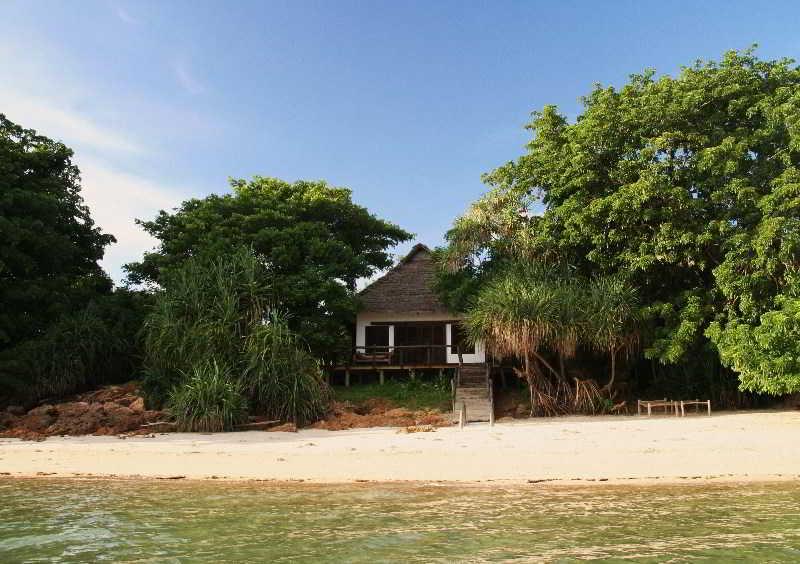 Lobby Fumba Beach Lodge