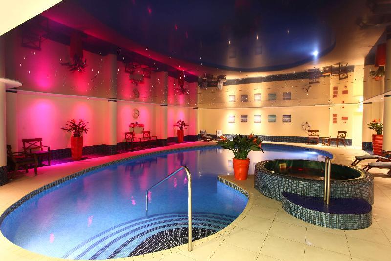 Pool Best Western Heronston Hotel & Spa