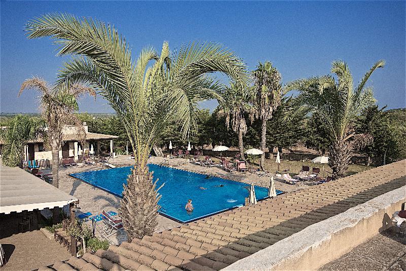Hotel Resort Ristorante Masseria Le Pajare
