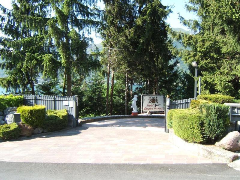 General view Empire Resort