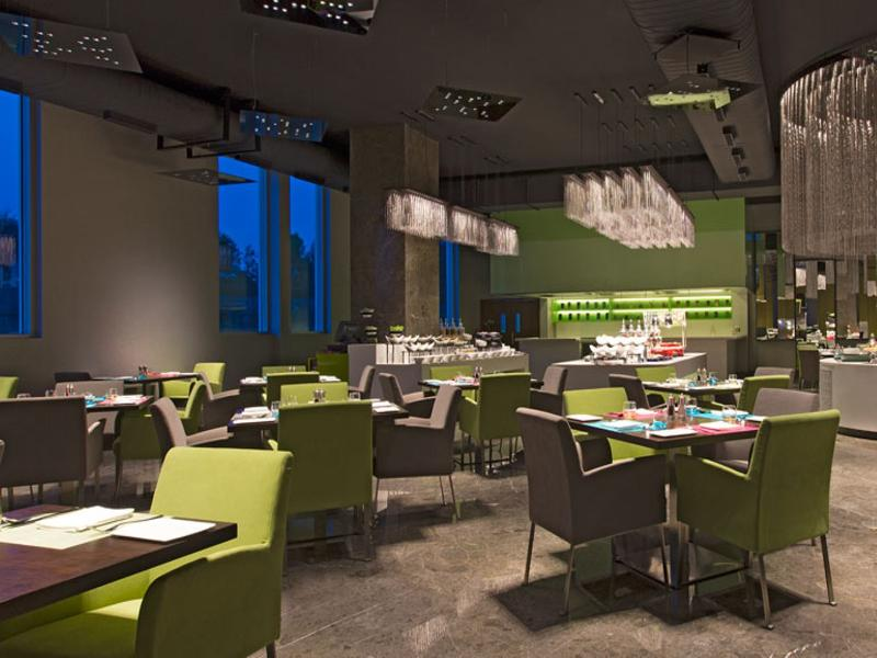 Restaurant Aloft Bengaluru Cessna Business Park