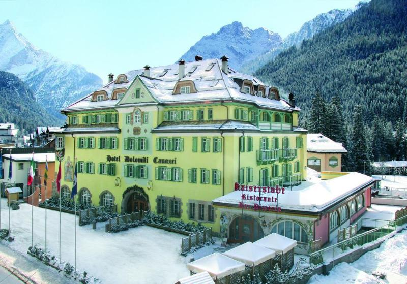 General view Schloss Hotel Dolomiti