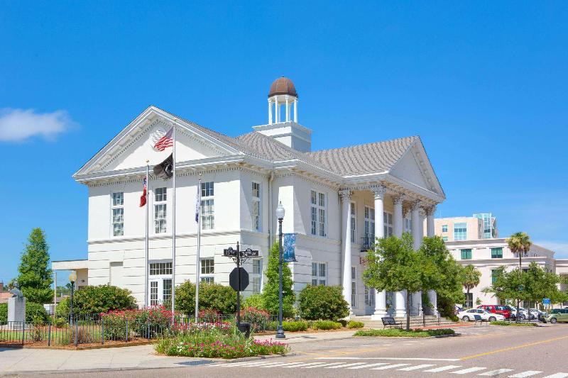 General view Days Inn By Wyndham Gulfport