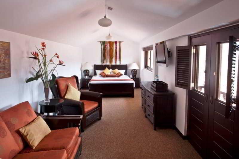 Palace Hotel - Room - 8
