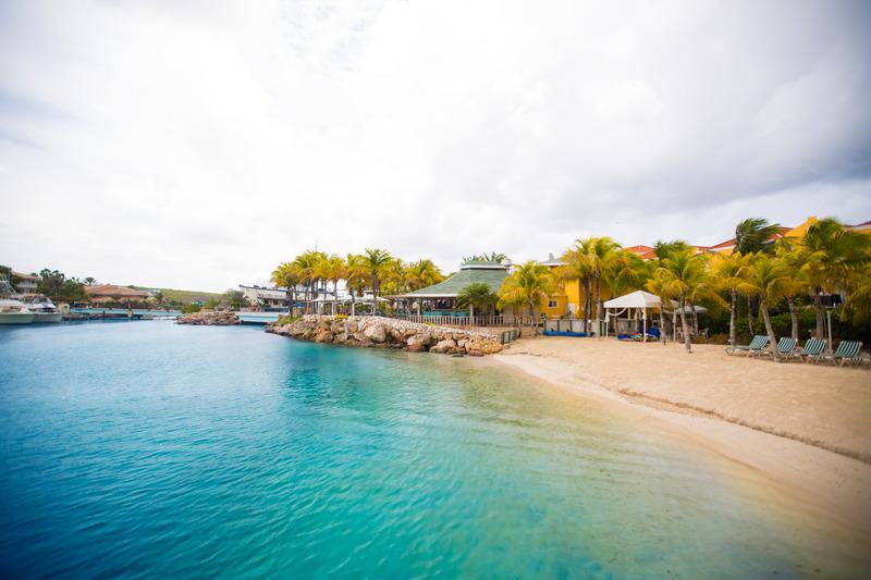 Beach The Royal Sea Aquarium Resort
