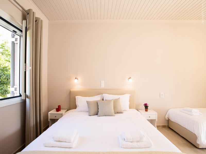 Room Paradise Village