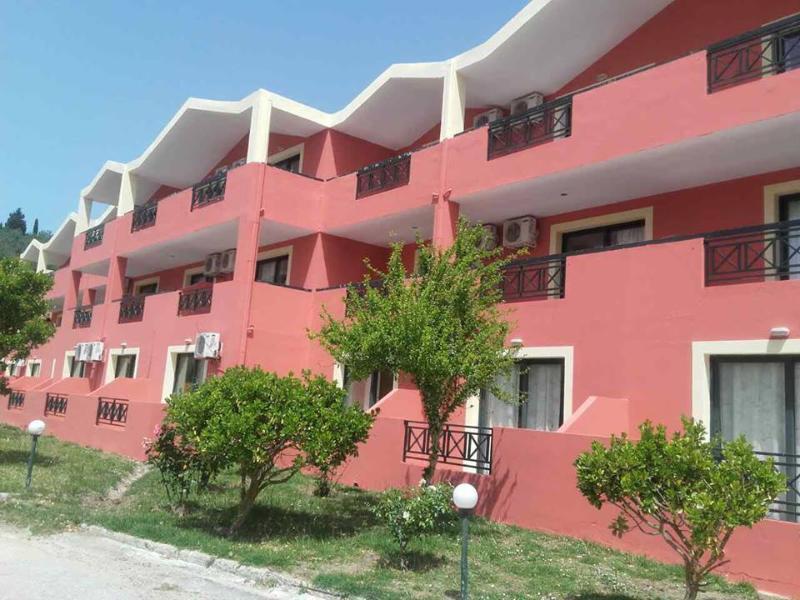 Polyxeni Aparthotel