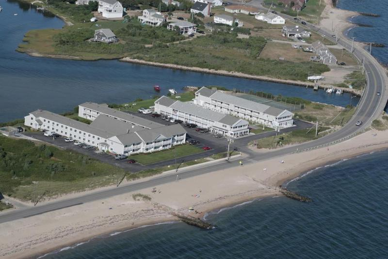 General view Innseason Surfside Resort