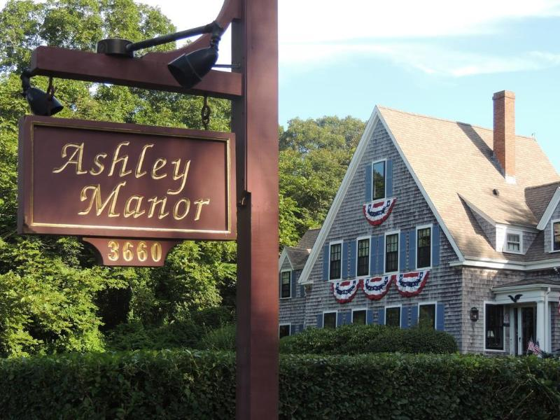 General view Ashley Manor