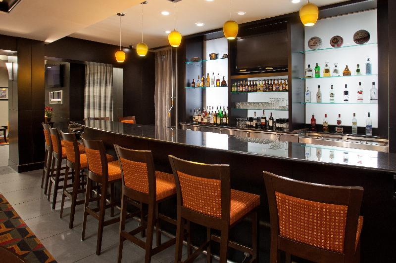 Holiday Inn Columbus - Hilliard - Bar - 3