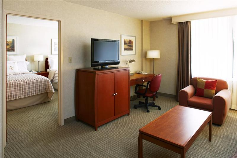 Four Points by Sheraton Charlotte - Hotel - 6
