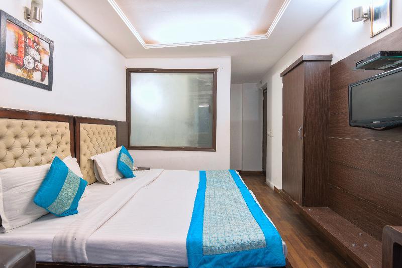 La Vista - Room - 10