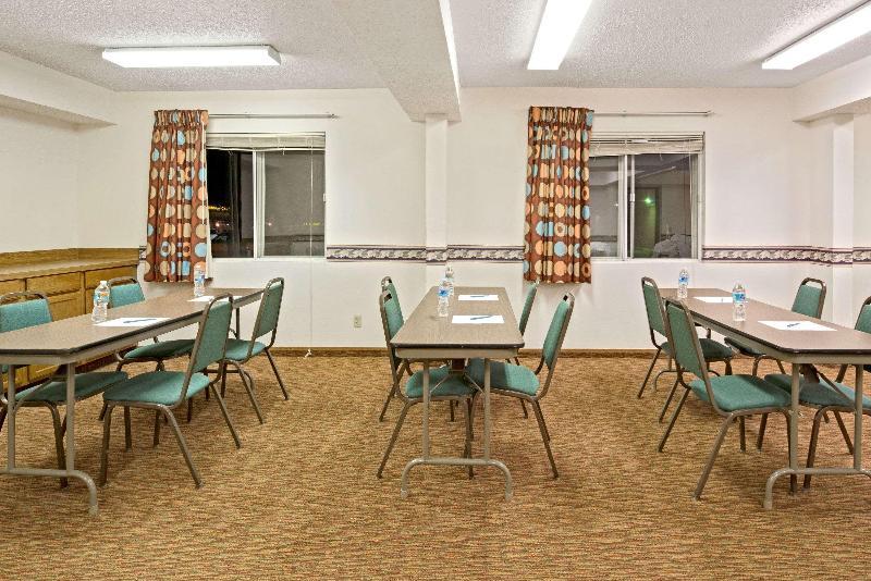 Conferences Super 8 By Wyndham Plano/dallas Area
