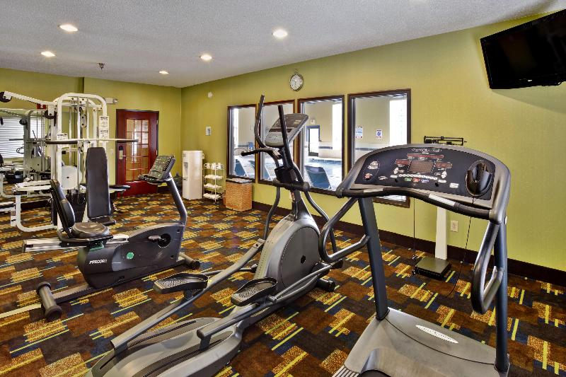 Sports and Entertainment Holiday Inn Express & Suites Woodhaven