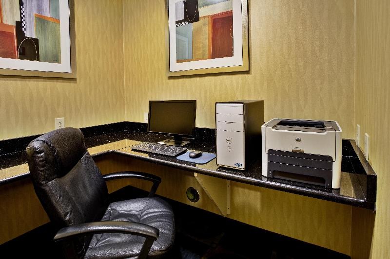Conferences Holiday Inn Express & Suites Woodhaven