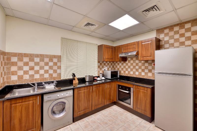 Pearl Marina Hotel Apartments - Room - 1