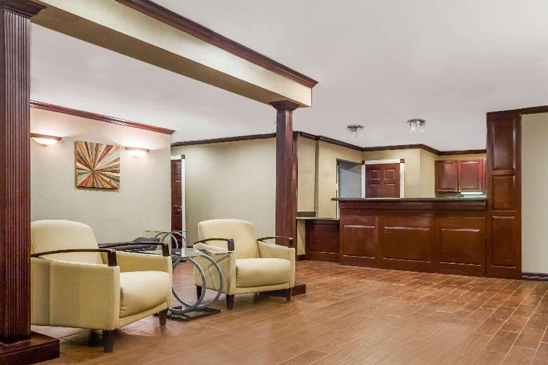 Lobby Hawthorn Suites By Wyndham Dallas Love Field Airp