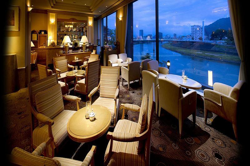 Lobby Riverside Hotel Numazu