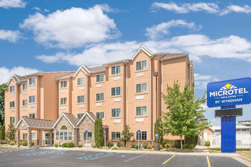 General view Microtel Inn & Suites By Wyndham Tuscumbia/muscle