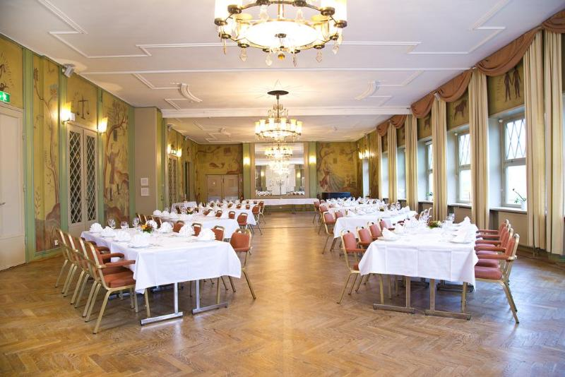 Conferences First Hotel Grand