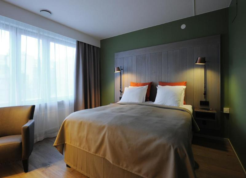 Room First Hotel Grand