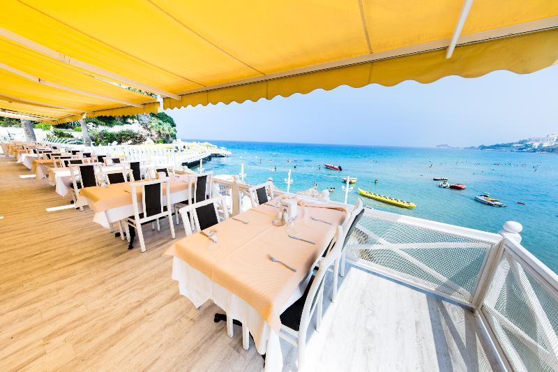 Restaurant Marti Beach Hotel