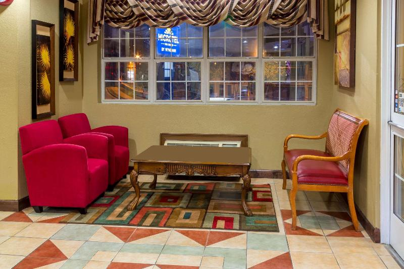 Lobby Microtel Inn & Suites By Wyndham Norcross