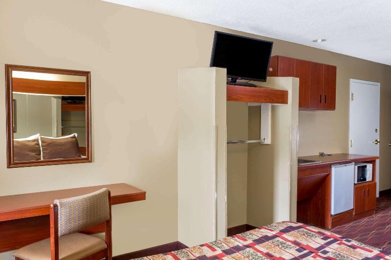 Room Microtel Inn & Suites By Wyndham Norcross
