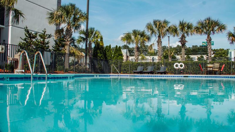 Pool Holiday Inn Atlanta-northlake