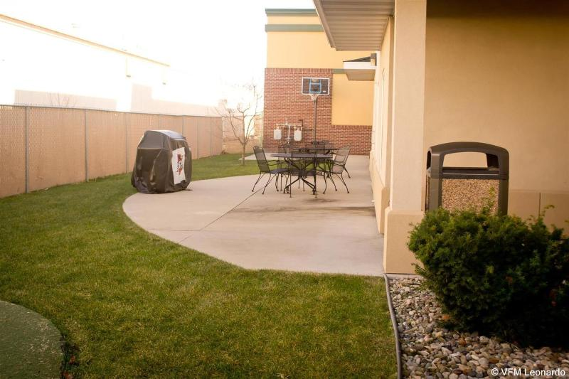 General view Grandstay Residential Suites Ames