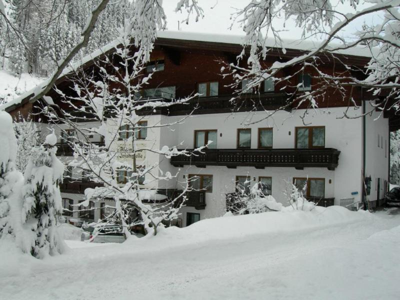 General view Hotel Alpenhaus Evianquelle