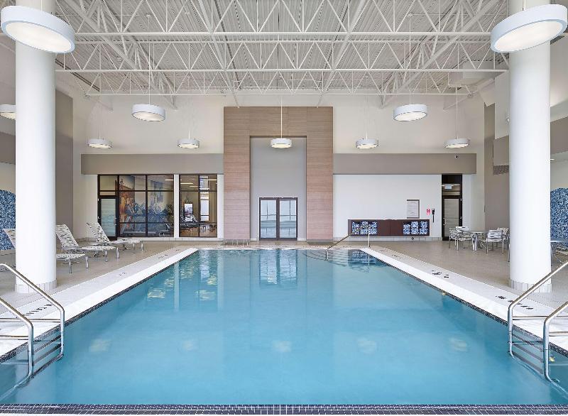 Jasper Hotel - Pool - 23