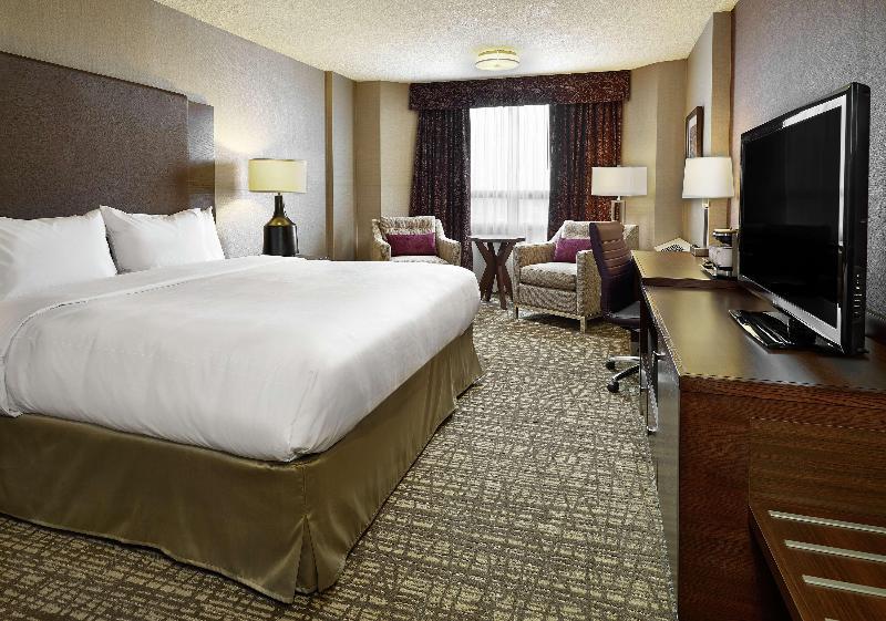 Room Doubletree By Hilton West Edmonton