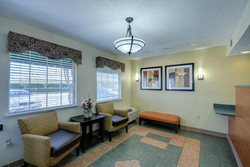 General view Sun Suites Of Westchase