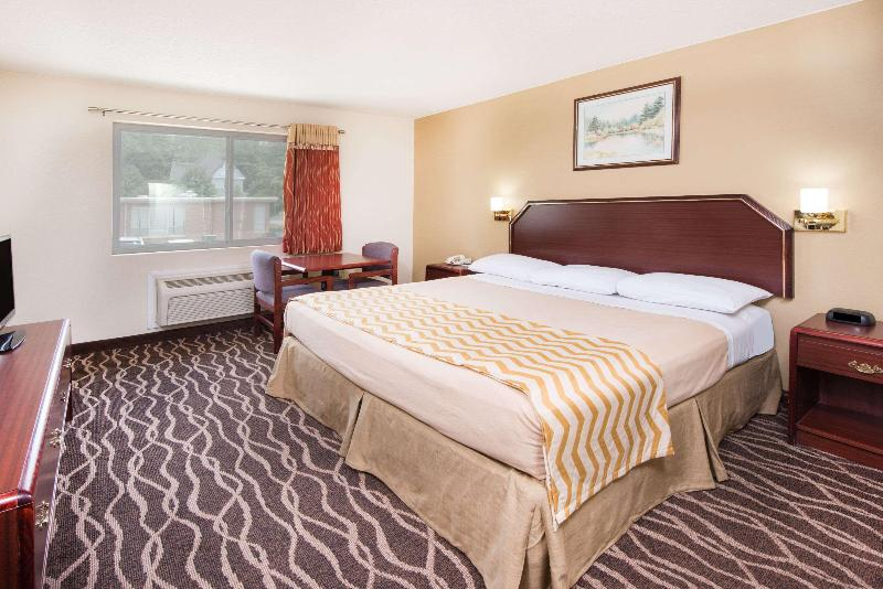 Room Travelodge By Wyndham Terre Haute