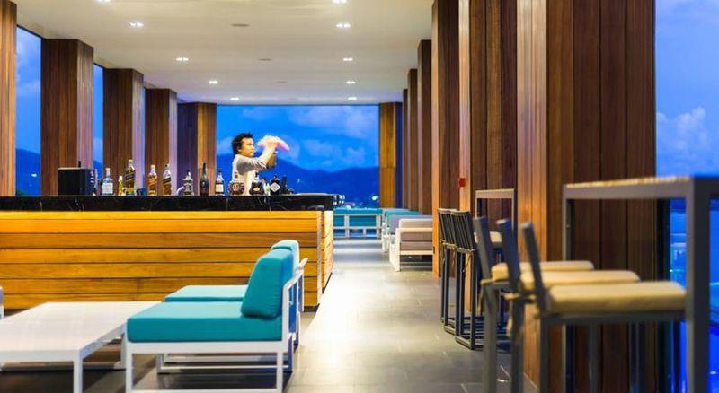 Bar The Naka Phuket