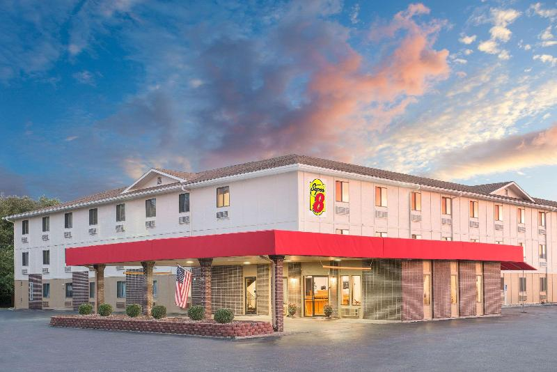 General view Super 8 By Wyndham Terre Haute
