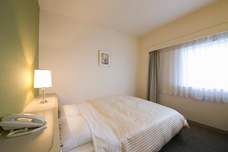 Room Shin Osaka Washington Hotel Plaza
