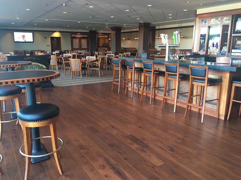 Restaurant Eaglewood Resort And Spa