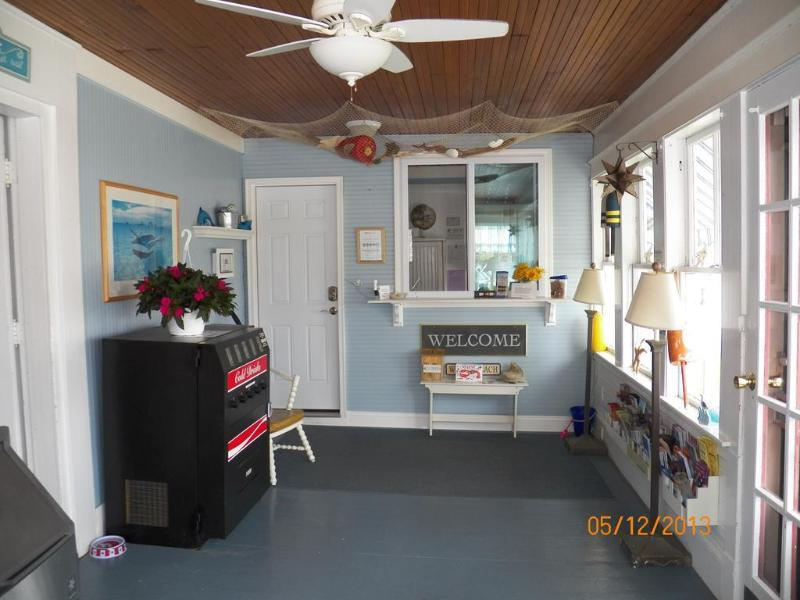 General view Coast Village Inn & Cottages