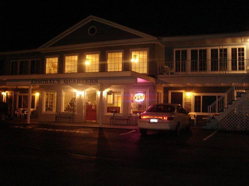General view Admiral\'s Ocean Inn