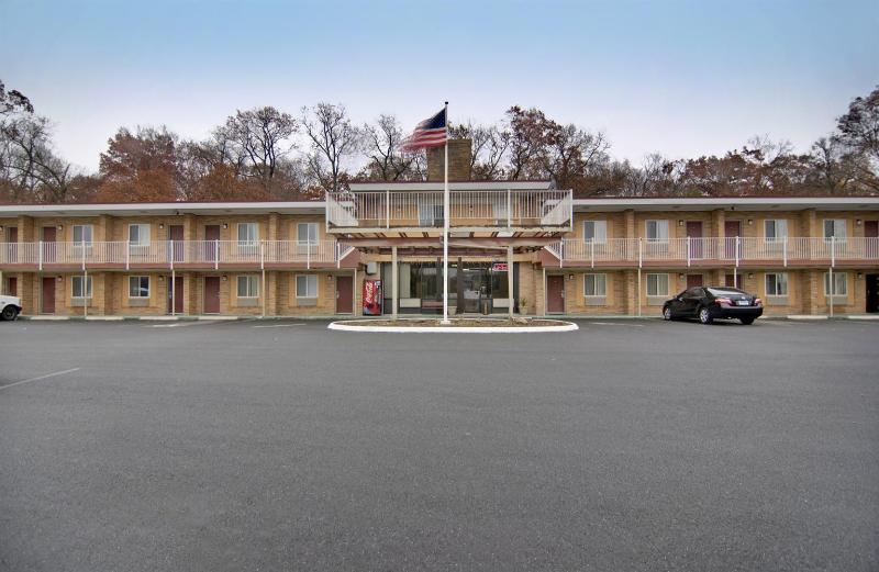 General view Americas Best Value Inn-wethersfield/hartford