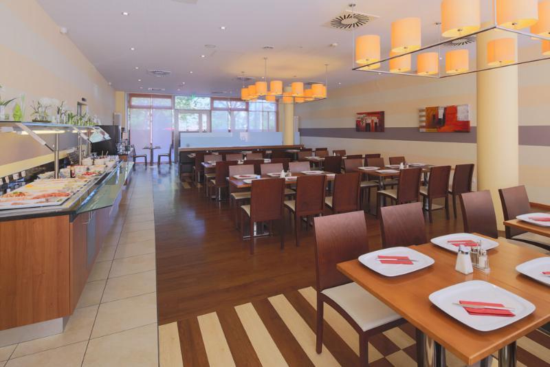 Restaurant Star Inn Hotel Karlsruhe Siemensallee, By Comfort