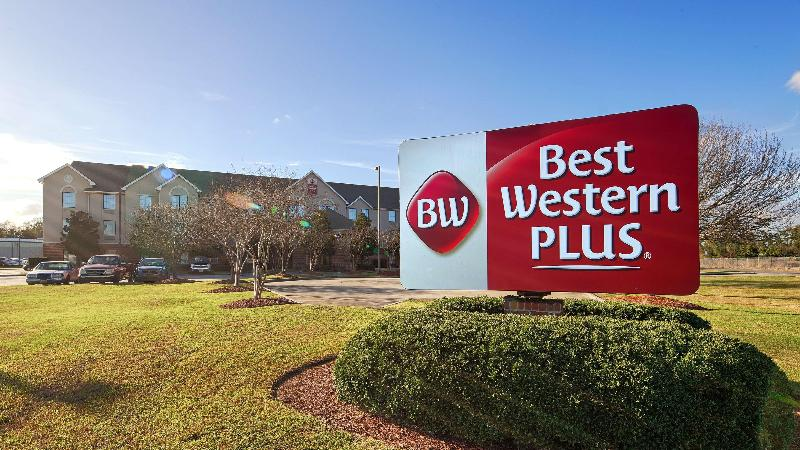 General view Best Western Plus Executive & Suites