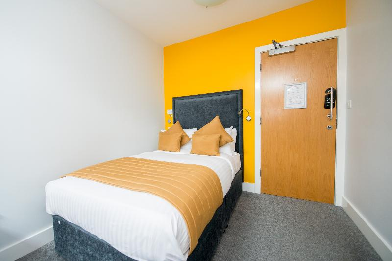The Stanwell Heathrow - Room - 1