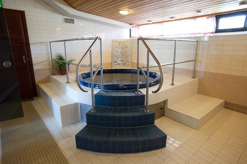 Pool Scandic Patria