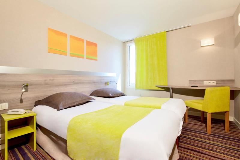 Room Kyriad Lyon Est - Saint Bonnet De Mure